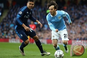 David Silva perpanjang kontrak dengan City