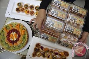 Penjualan Kue Pie Susu Buah