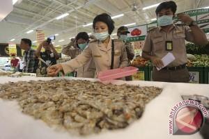 YLKI: Penjual ikan Formalin dihukum berat