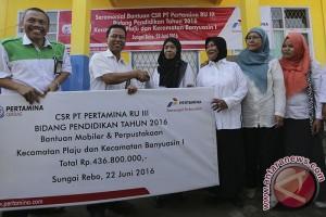 Pertamina salurkan Rp437 juta bantu perpustakaan SD
