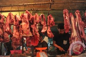 Harga daging sapi di Palembang masih tinggi