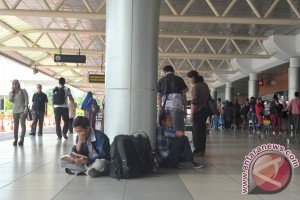 Arus mudik bandara SMB II