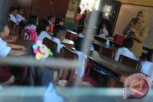 Kemdikbud bantah pendidikan agama di sekolah dihapus