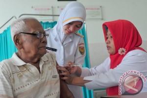 Padang Panjang periksa kesehatan lansia tiap bulan