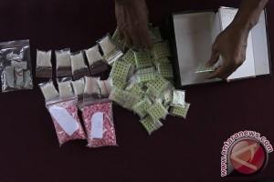 Bisnis narkotika lintas provinsi dikendalikan dari penjara