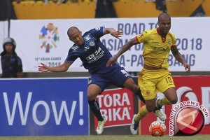 Sriwijaya FC ditahan imbang Arema 1-1