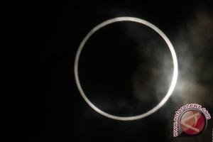 Gerhana matahari cincin melintasi 12 Kota Sumsel