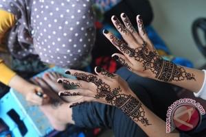 Usaha Lukis Henna Pengantin