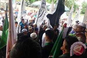 Ratusan pemuda Islam Baturaja gelar aksi damai