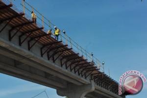 Menkeu: Pembangunan jalur LRT selesai tepat waktu