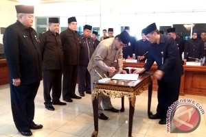 DPRD tanda tangani KUA PPAS APBD 2017