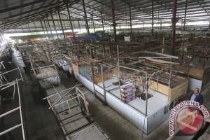 Aksi Mogok Pedagang Pasar Sekip Ujung