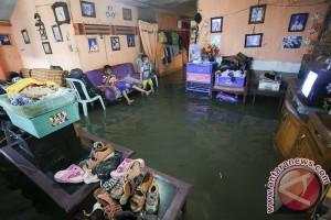Puluhan rumah di Lengayang terendam banjir