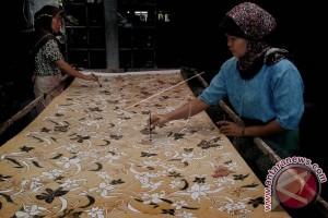 Batik digemari masyarakat Meksiko City