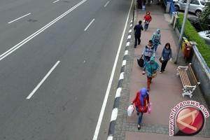Pemkot Palembang bertahap kembalikan fungsi trotoar
