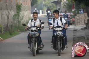 Pelarangan bawa kendaraan ke sekolah perlu ketegasan