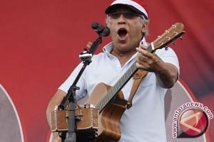 Iwan fals nikmati jalan darat untuk konser Sumatera