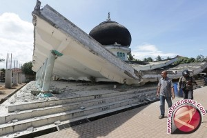 Berbagi pengalaman hadapi tsunami
