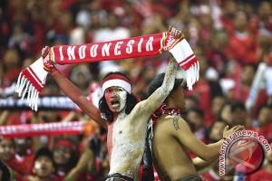 Sanksi laga sepak bola tanpa penonton yang bermakna ganda