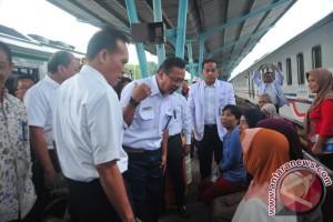 Resmikan Rail Clinic