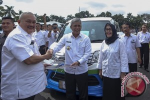 Kementerian pemberdayaan perempuan bantu mobil operasional Sumsel