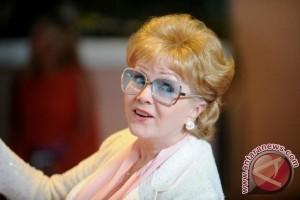Debbie Reynolds meninggal akibat stroke sehari setelah kematian putrinya