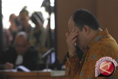 Bupati nonaktif Yan Anton terima dakwaan JPU
