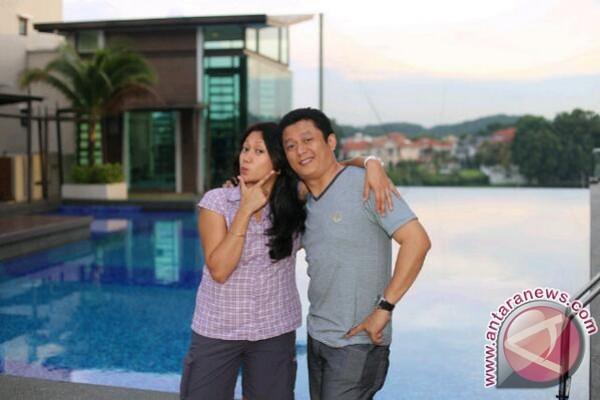 Iszur Muctar dukung istri S3 di Malaysia