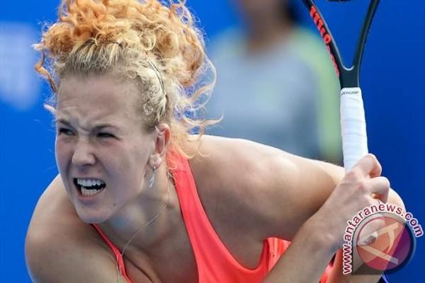 Siniakova kunci gelar perdana dengan kemenangan di Shenzhen