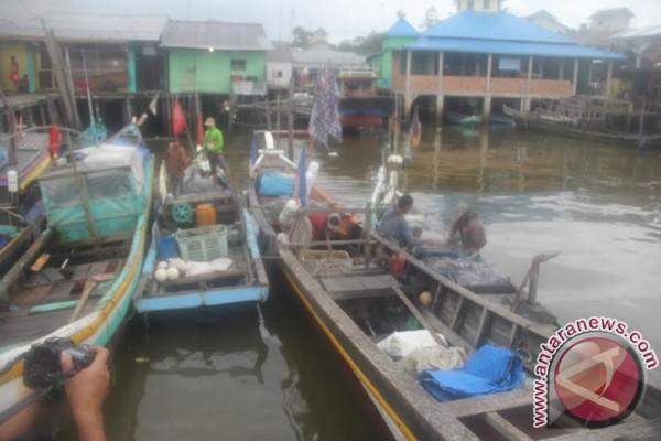 Warga Sungai Sembilang krisis air bersih