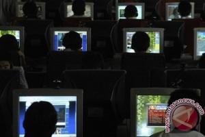 Menjaga anak Indonesia dari pengaruh buruk internet