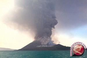 Nelayan tetap dilarang mendekati gunung anak krakatau