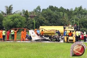 Bandara Blimbingsari ditutup sementara evakuasi pesawat latih