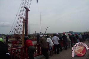 Pembangunan LRT di Jembatan Ampera jadi pusat perhatian