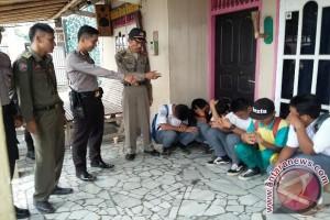 Puluhan pelajar di Baturaja terjaring razia petugas