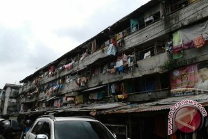 Warga Rusunawa Palembang keluhkan pemadaman listrik