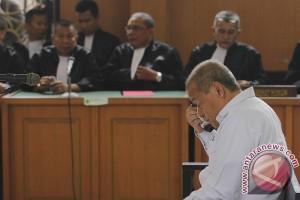Sidang Perdana Tersangka OTT KPK Di Banyuasin