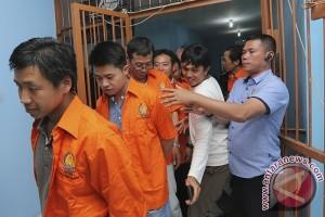 Imigrasi Palembang amankan lima TKA warga Tiongkok