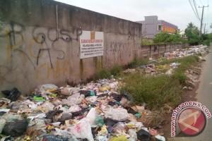 Warga keluhkan sampah dibuang sembarangan