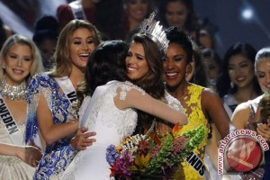 Miss Universe disabet oleh Prancis