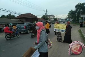 Forum Sosmas Unsri galang dana untuk Bangka Barat