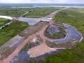 Foto udara proyek pembangunan jalan tol Sumatera ruas Palembang-Indralaya (Palindra) Seksi I di Kecamatan Pemulutan, Kab Ogan Ilir (OI), Sumatra Selatan, Selasa (28/2). Pembangunan jalan tol Palembang-Indralaya sepanjang 21,93 km ini telah mencapai 46 persen. Jalan tol ini ditargetkan dapat beroperasi sebelum pelaksanaan Asian Games 2018. (Antarasumsel.com/Nova Wahyudi/dol/17)