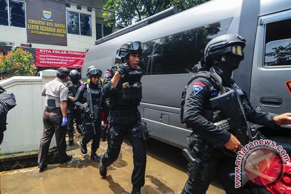 Polisi: Pelaku bom Bandung berinisial YC