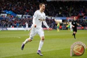 Sigurdsson bawa Swansea tundukkan Southampton
