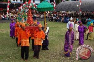"Melestarikan adat ""tulude"" warisan etnis Sangihe Talaud"