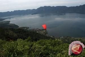 Gubernur lepas 6.000 ikan asli Danau Maninjau