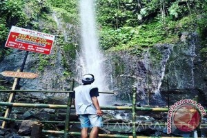 Air terjun Tundolawe Blitar mulai dikunjungi