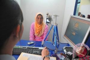 """Imigrasi Palembang terapkan pelayanan `booking"""" pembuatan paspor"""