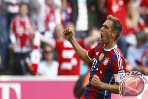 Kapten Bayern Lahm pensiun akhir musim
