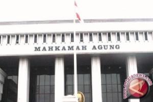 Pengamat nilai MA gagal bina hakim